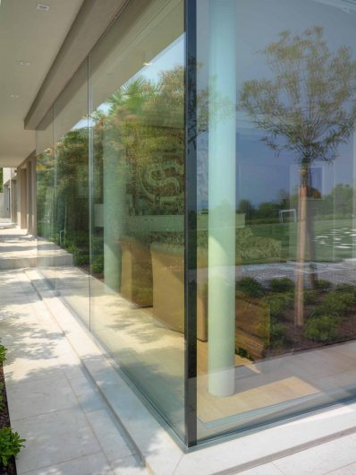 Vue extérieure du coin vitré